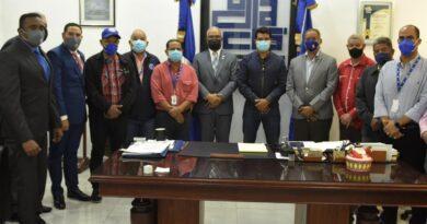 Director de Inapa visita al presidente del Codia, destaca importancia del rol de este gremio