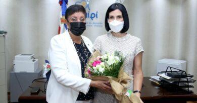 Primera dama e Inaipi acuerdan acciones en beneficio de la primera infancia en RD