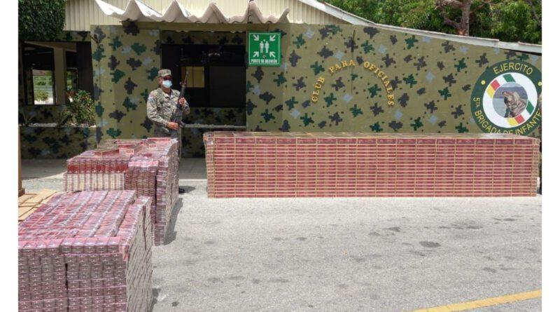 Miembros del Ejército de la República Dominicana incautan varios cargamentos de cigarrillo