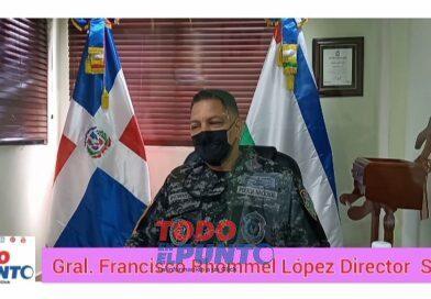 General Francisco Rhomel Lopez Director regional SDE es entrevistado por los periodistas Martin Restituyo y Primitivo Gil