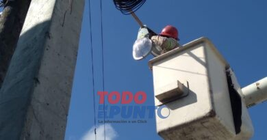 EDEESTE y Regidores del PRM realizan Operativo de reparación e instalación de lámparas en el sector de Vietnam de los Mina